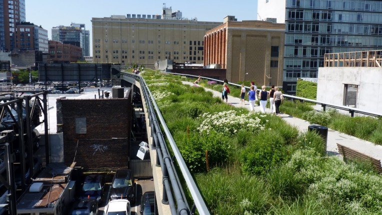 The High Line park in New York. Source: boomsbeat.com
